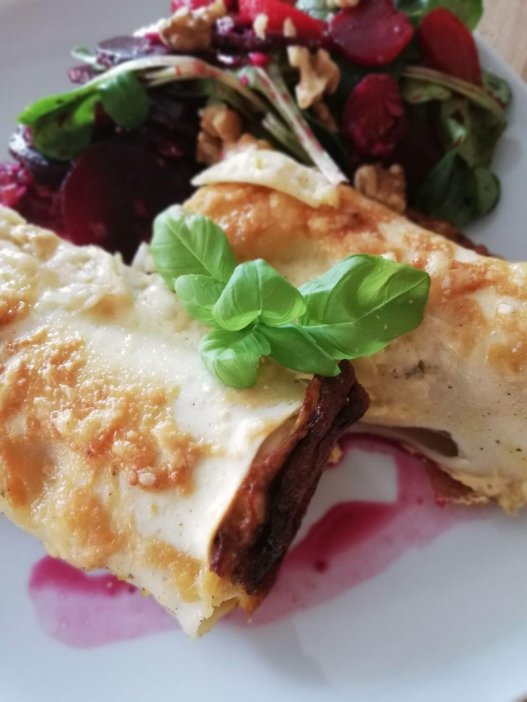 Sauerkraut-Cannelloni mit Käse überbacken